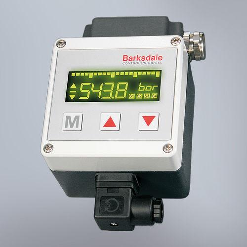 temperature indicator / universal / digital / in-line