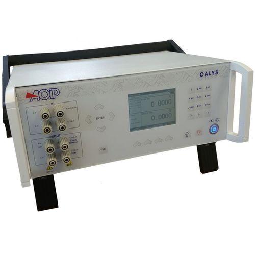 temperature calibrator / pressure / current / voltage