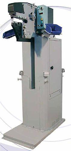 cable crimping machine / semi-automatic / pneumatic / compact