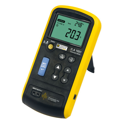 temperature calibrator / for thermocouples / portable / digital