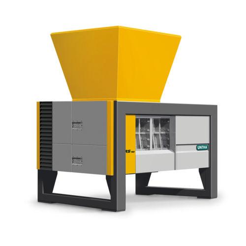 four-shaft shredder / for cardboard / for non-ferrous materials / for medical waste