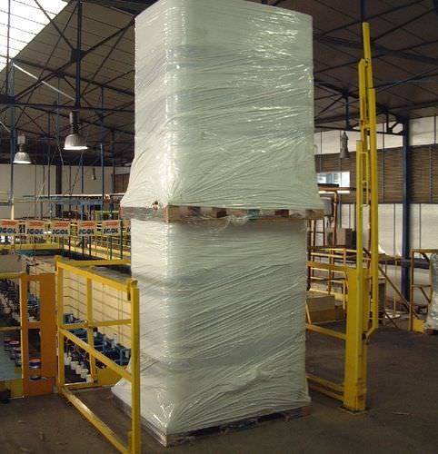 security dam-barrier / for tall loads