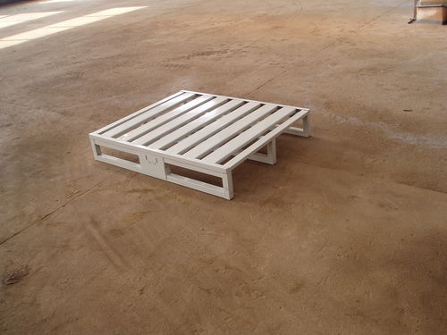 metal pallet / ISO / transport