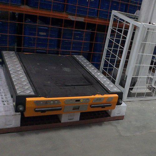 Radio-controlled transfer shuttle Jiangsu Union Logistics System Engineering Co.,Ltd