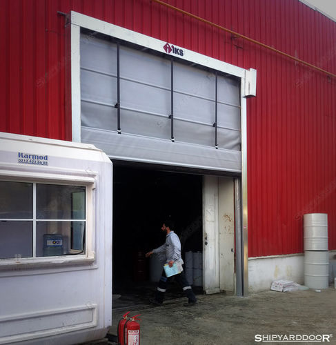 Fold-up doors / exterior / industrial / fabric heavy use SHIPYARDDOOR (Hangar Door | High Speed Door)