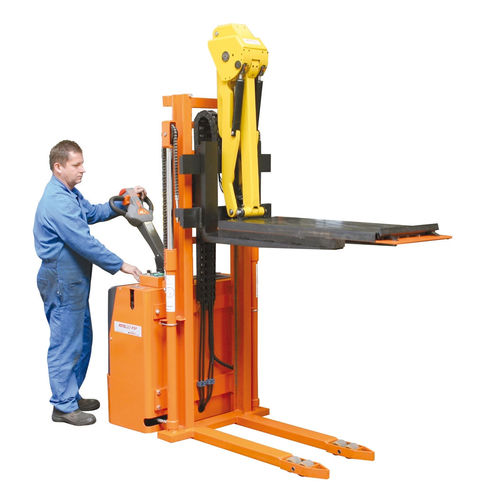 Electric stacker truck / walk-behind / for press tool handling / with platform Liftmatic DIMECO