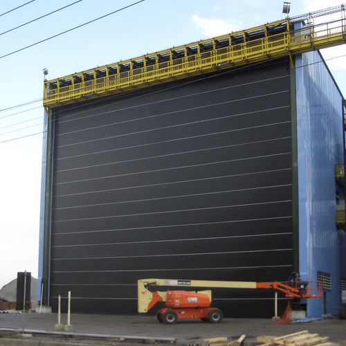 industrial door / fold-up / hangar / shipyard