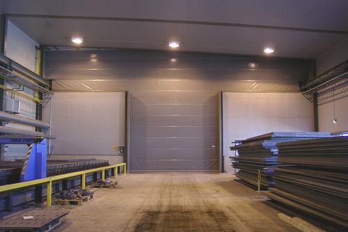 fold-up door / fabric / for overhead cranes / exterior