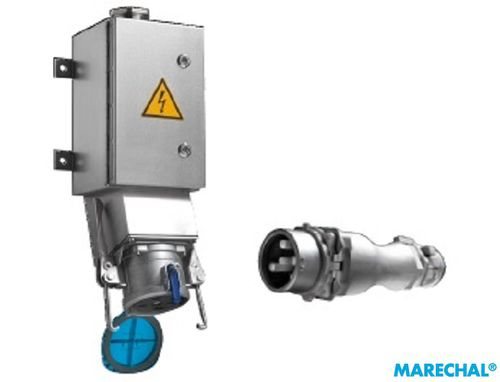 wall-mounted plug and socket / IP54 / IP54 / high-power