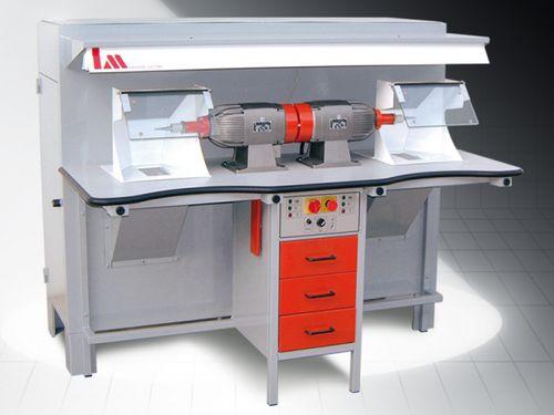 metal polishing machine / CNC
