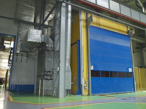 enclosed paint booth - Techvagonmash