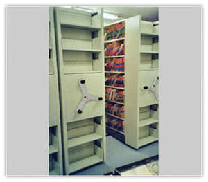 heavy-duty mobile shelving MOBILEX spaceFRONT  Montel