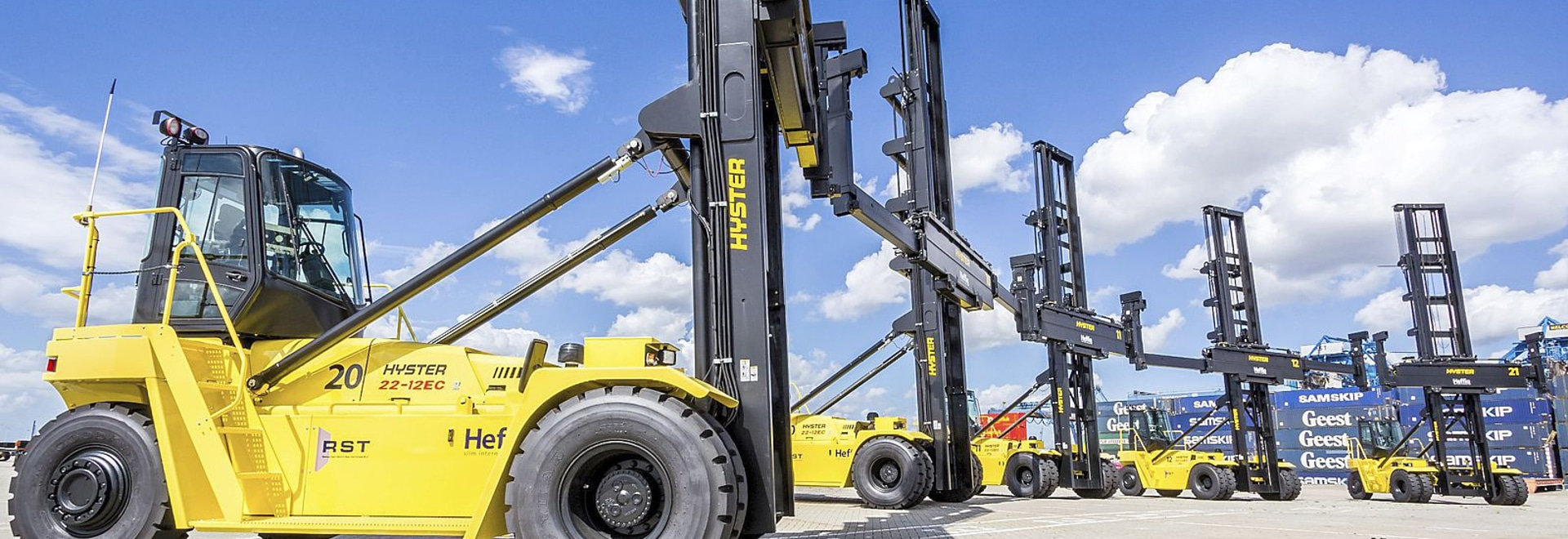 5 New Hyster empty container handlers for RST