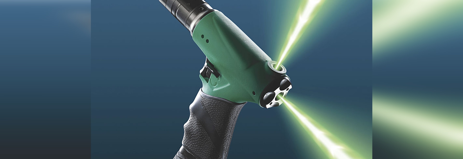 Air screwdrivers with triple air supply inlet: precise, powerful and ergonomic