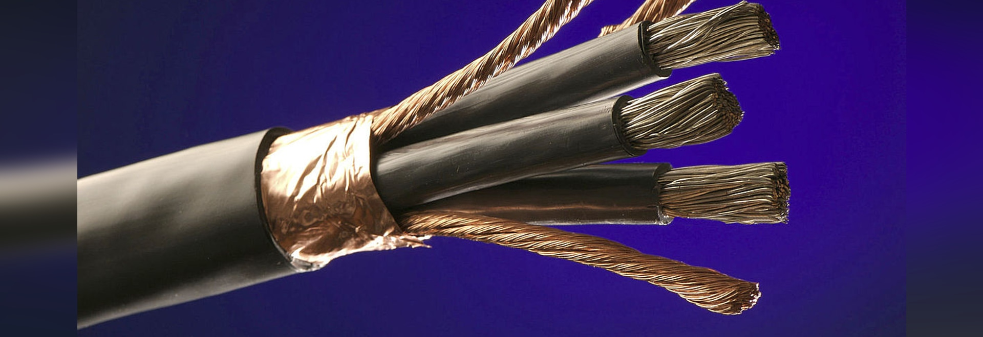 Alpha Wire Announces Expanded Inventory on VFD Cable - Alpha Wire