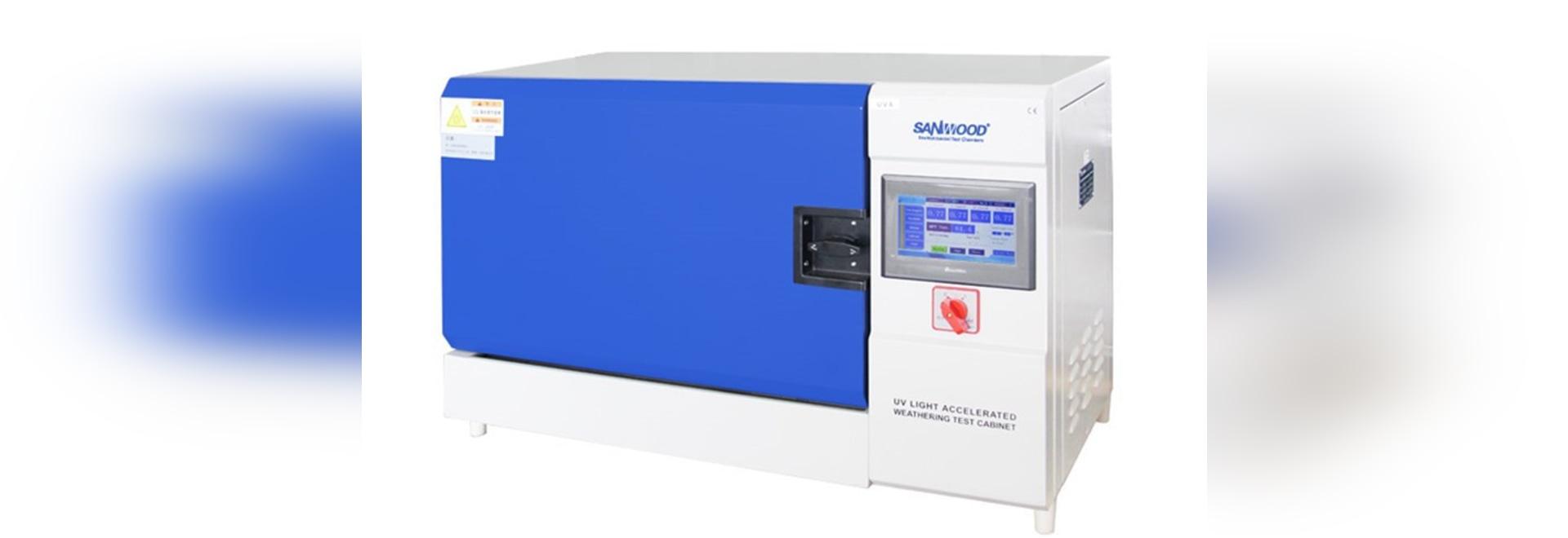 Bench-top UV test chamber