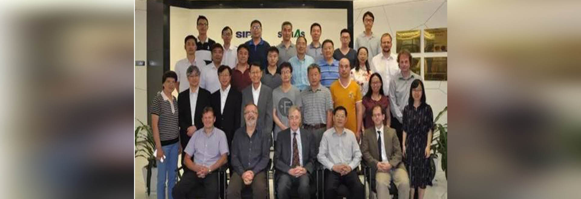 Chinese and foreign experts photo