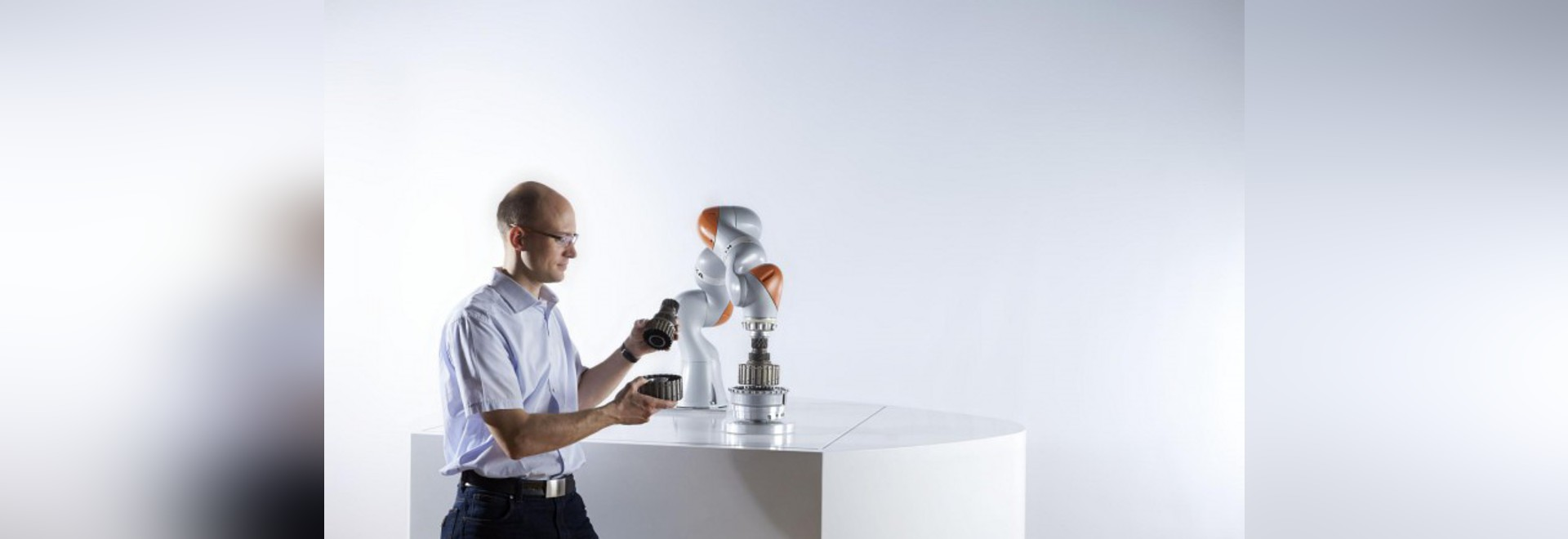 COBOTS: THE FUTURE OF HUMAN-ROBOT COLLABORATION