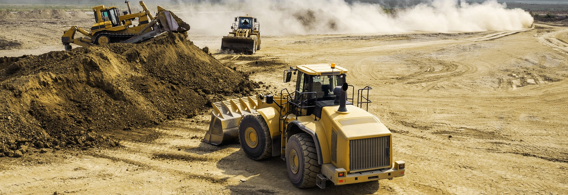 Electronic components such as embedded PCs which are used in vehicles such as dozers or excavators are exposed to extreme conditions.