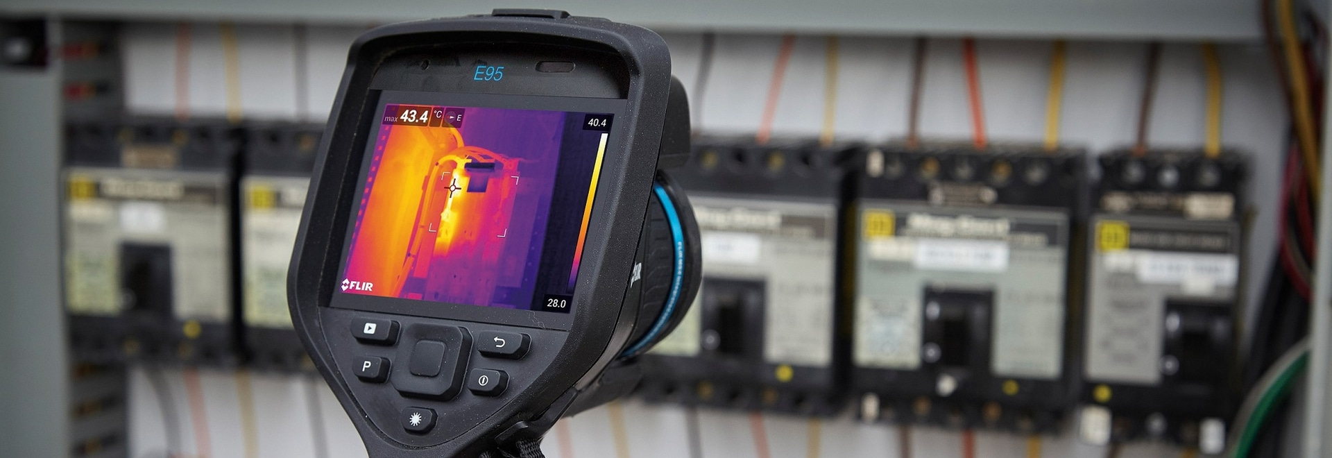 FLIR E95 thermal imaging camera - electrical inspection