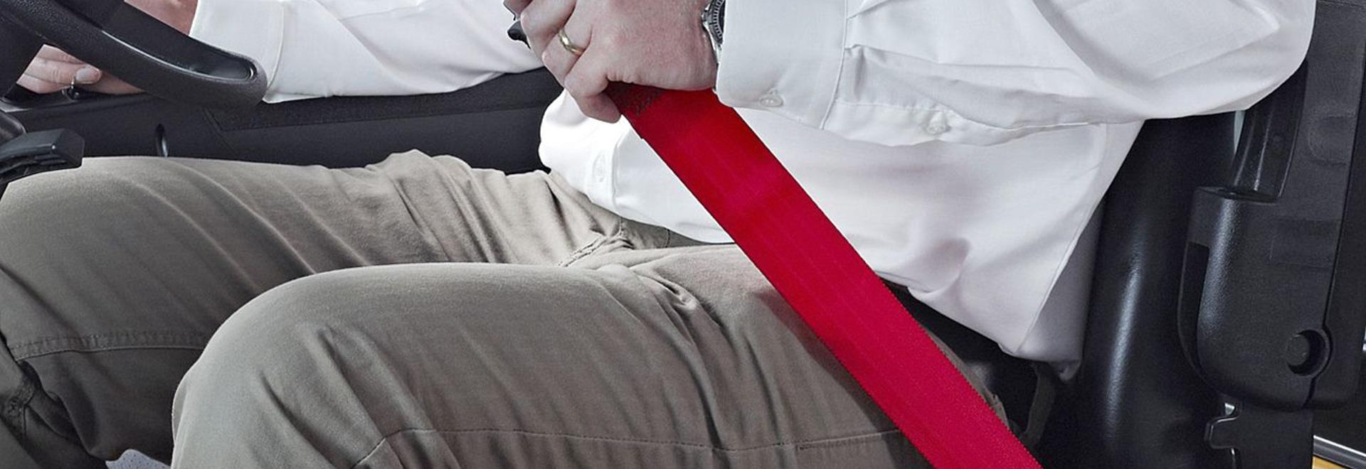 New forklift seat belts enforce driver belt use