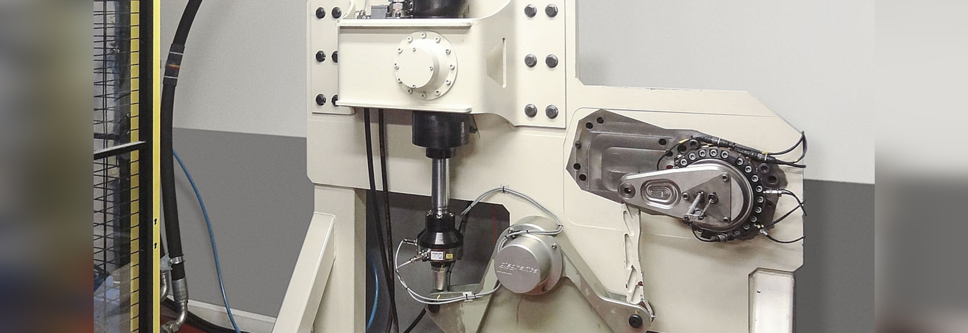 Piedrafita Selects Moog for Fatigue Test System