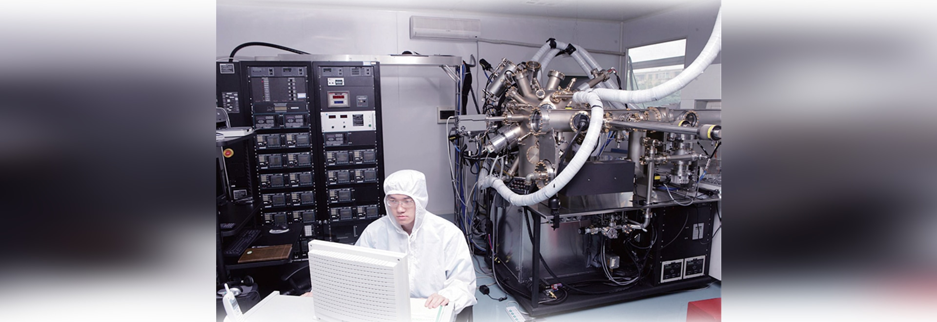 Slip ring revolution in the semiconductor production equipment