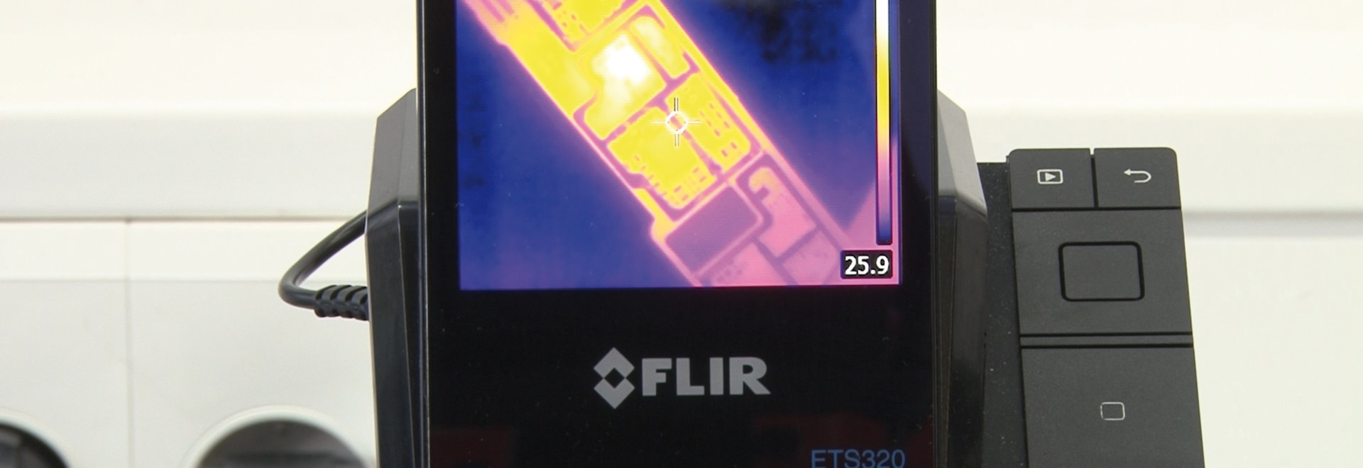 Thermal Imaging Speeds Up Repair of Printed Circuit Boards