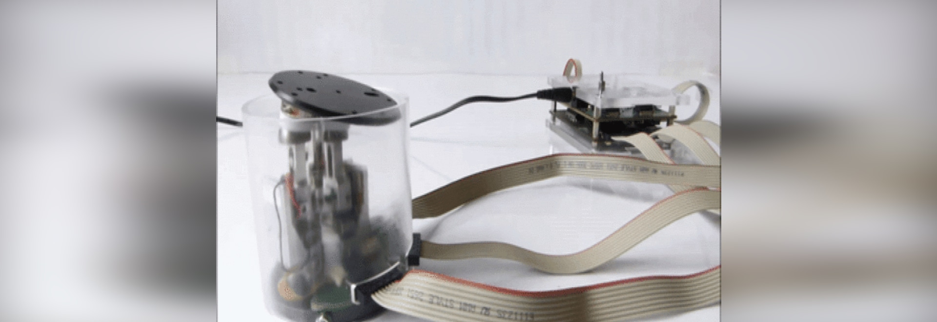 TrAC: A Piezo Actuator for Outer Space and Micro Robots