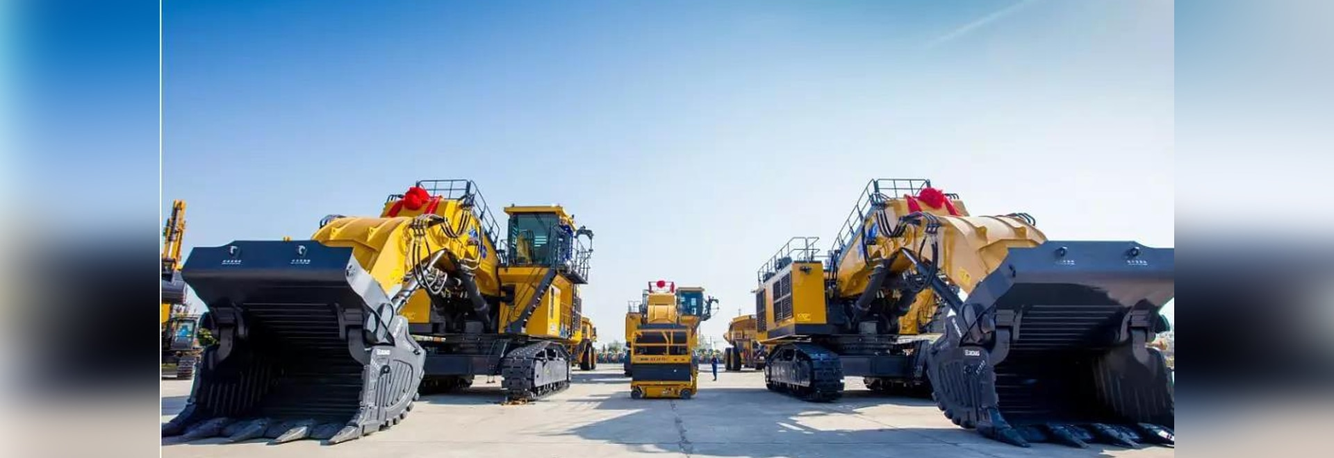 XCMG Large Mining Equipment Delivered to Australia