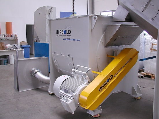 NEUE HERBOLD - Mechanical Dryer for surface drying of plastic flakes & plastic granulates