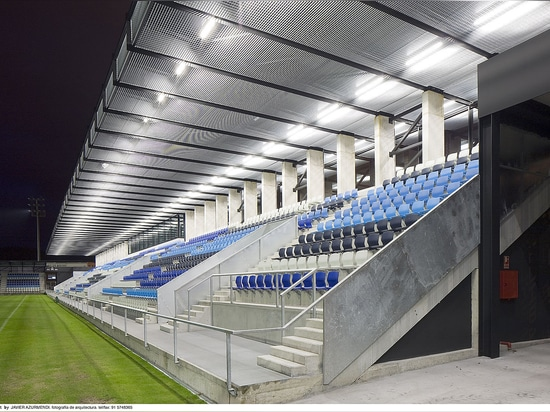 How to select luminaires for sports facilities?