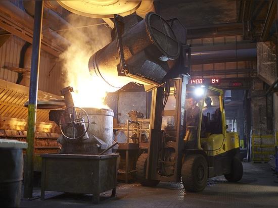 Eisenwerk Martinlamitz (EWM) relies on tough materials handling equipment from Hyster