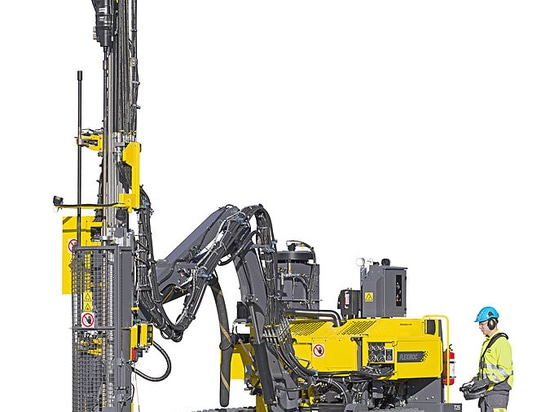The FlexiROC T25 R: This new surface drill rig launched to meet growing demands at infrastructure project sites