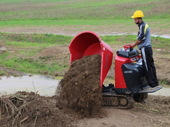 TWO NEW HINOWA TRACKED MINIDUMPERS