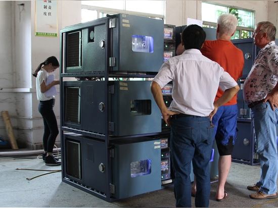 24 pcs 27 Liters high low temperature test chamber are ready to be shipped to Russia