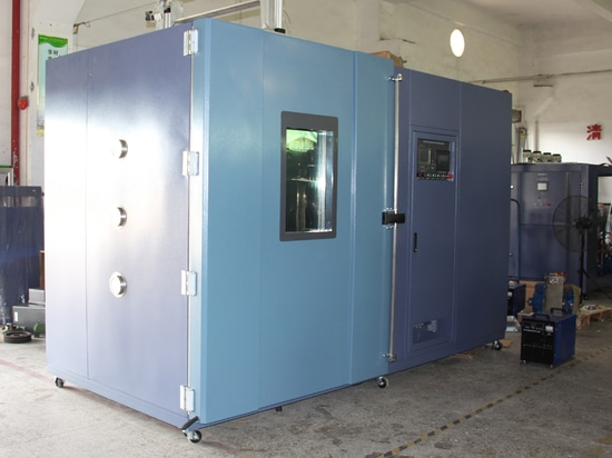 3000 Liters xenon aging test chamber are ready to be shipped to Russia