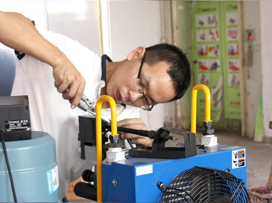 Huawei Inspect customized chamber at Sanwood Factory