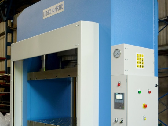 New manufacture of the hydraulic press RM-500E to stamping, die-cutting and forming