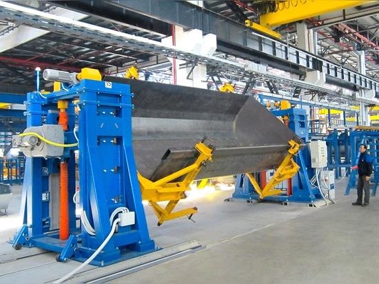 Horizontal welding rotators