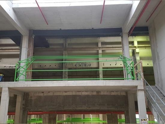 Safety pallet gate Construction