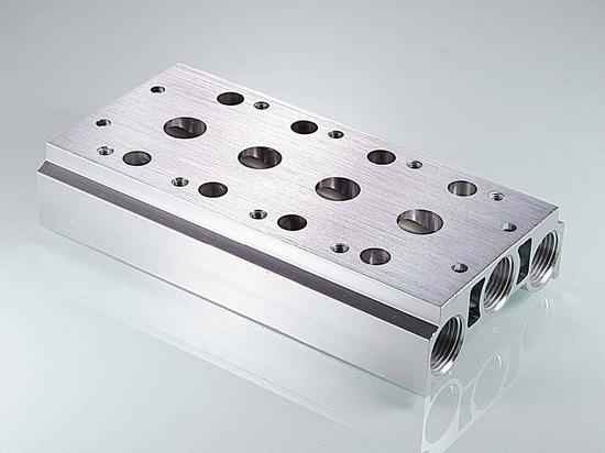 4V210-08 solenoid valve  200M manifold