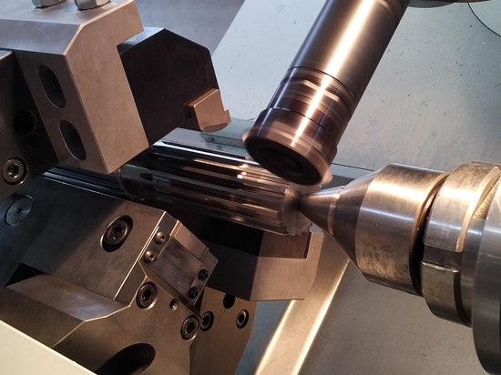 MILLING THREADER MACHINE SAPORITI for Extruder and Injection Molders Screws and Twin Screws