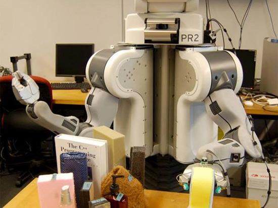 PR2 ROBOT BY UNIVERSITY OF PENNSYLVANIA'S HAPTICS GROUP AND UC BERKELEY
