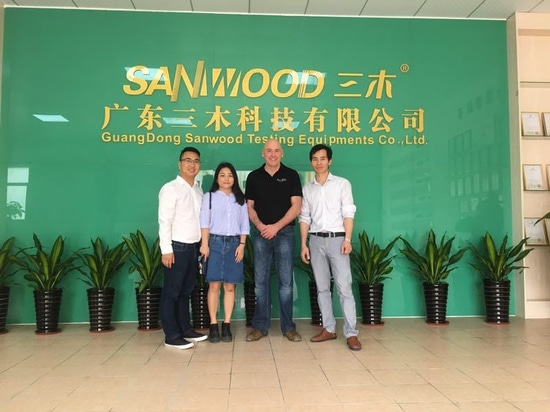 UK customer went to Sanwood factory to inspect his goods on 10th~11th, April 2017