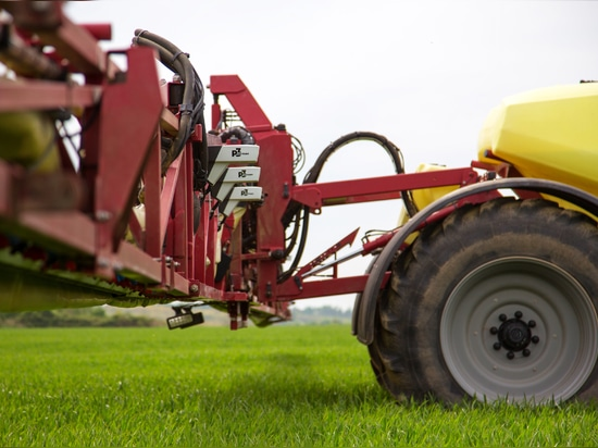Precision farming – to Agricon, this means smart technologies and, above all, reliable consultancy and great user-friendliness. Farmers benefit from large crop yields, a high degree of safety and l...