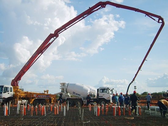 XCMG concrete mixing truck construction site in Malaysia