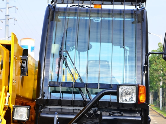 XCMG Manufacturer Xc6-3507 Telescopic Handler Shake his