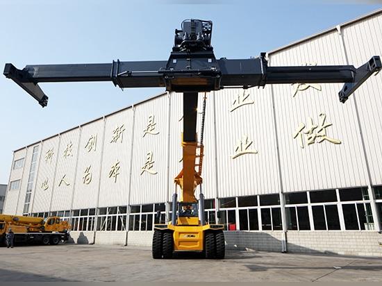 XCMG XCS45 Working in Railway Freight Yard