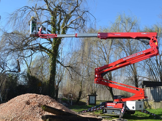Hinowa Lightlift Performance IIIS with lithium-ion battery pack